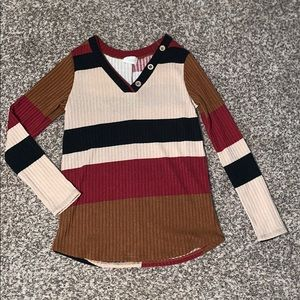 Striped& prefect fall colored long sleeve shirt
